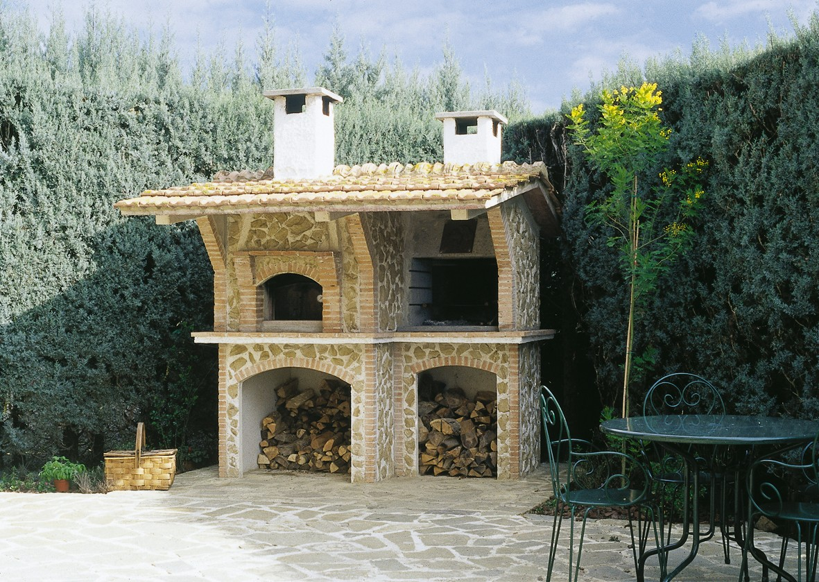 Casa immobiliare accessori barbecue forno a legna da - Barbecue in casa ...