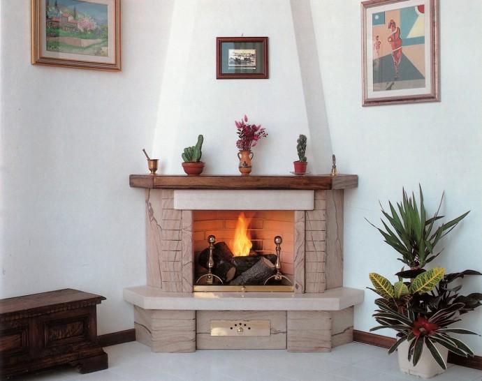 Caminetti pietra caminetto moderno 505 toscana marmi for Camini rivestiti in pietra immagini