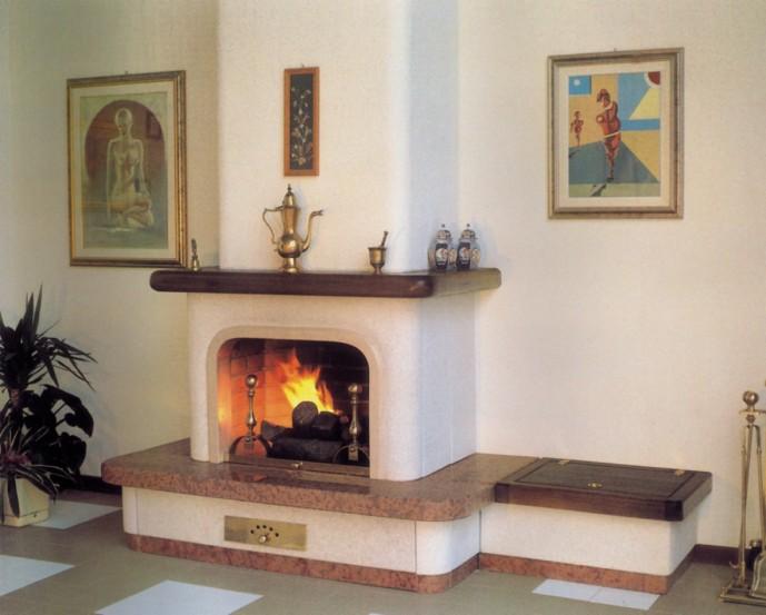 Mensole Su Parete In Pietra: Mensole su parete in pietra materia applicata.