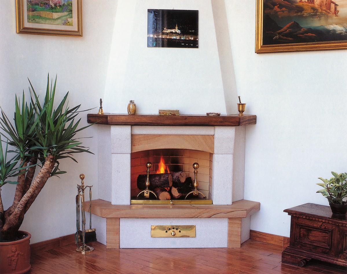 Caminetti da arredamento caminetto moderno 513 toscana for Caminetti da arredo