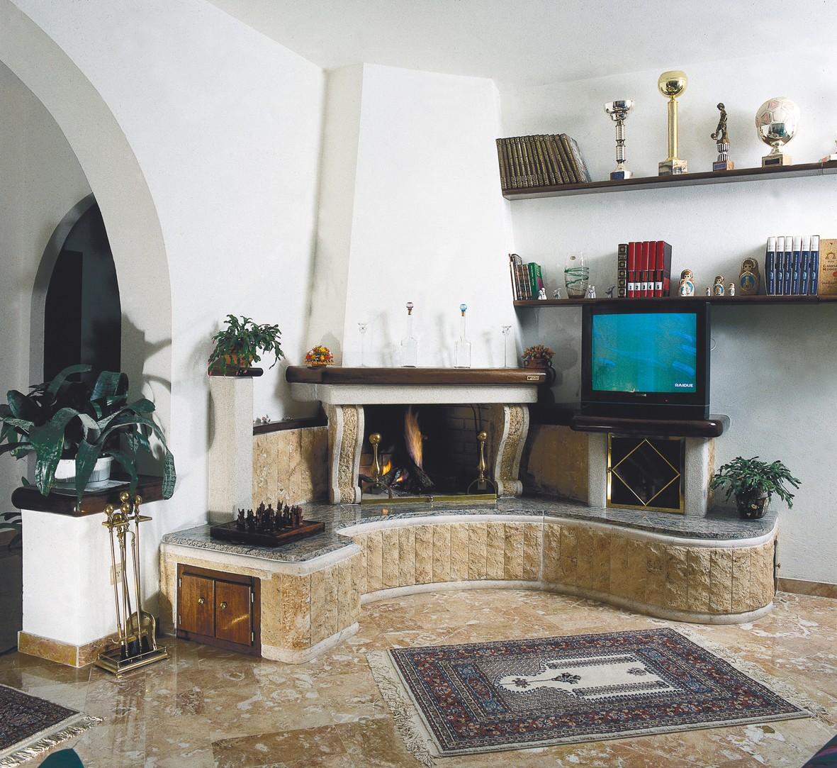 Caminetti tradizionali toscana caminetto classico 565 for Economici rivestimenti in legno