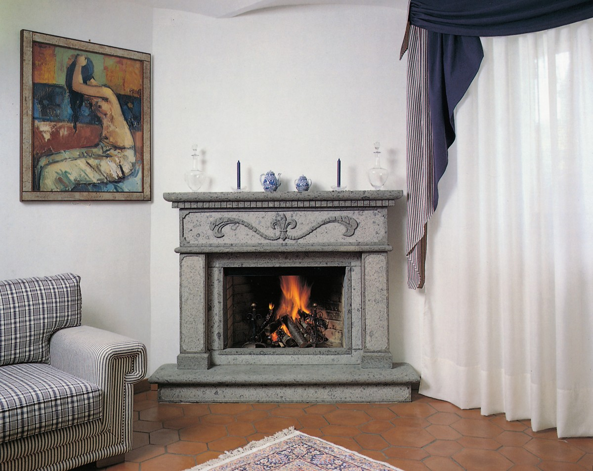 Inserti caminetti caminetto classico 571 toscana marmi for Inserti per camini