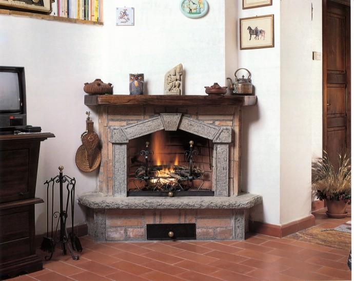 Catalogo caminetti caminetto rustico 584 toscana marmi for Economici rivestimenti in legno