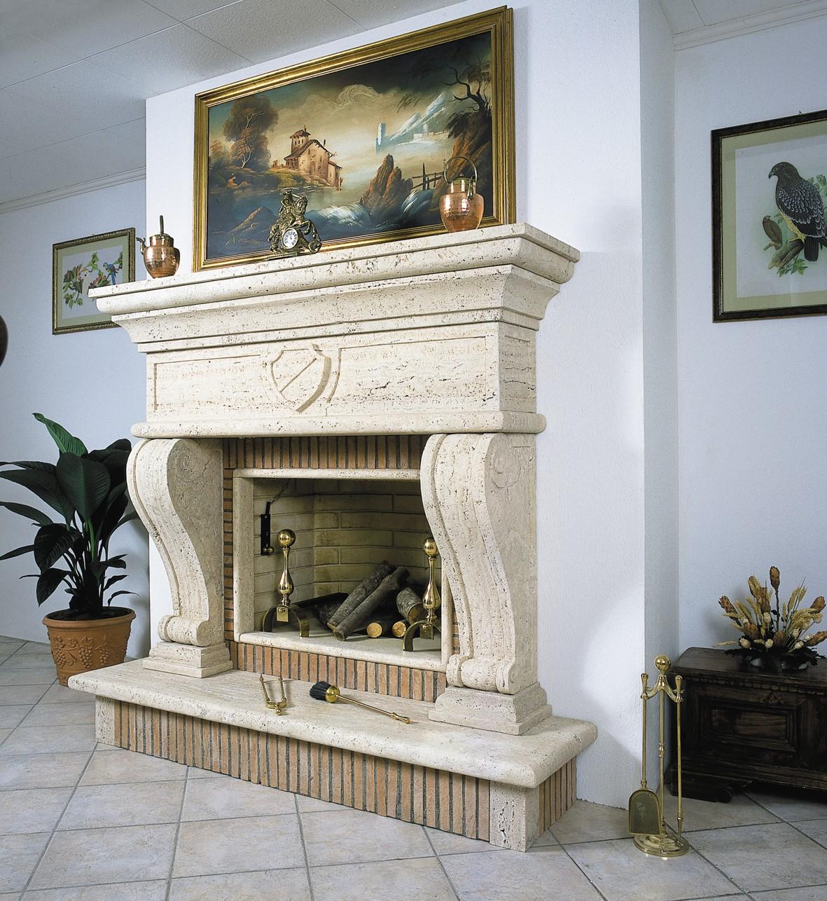 Rivestimento camino classico idea creativa della casa e for Design classico della casa